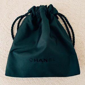 CHANEL Makeup - Chanel ✨ La Crème Main used 1x